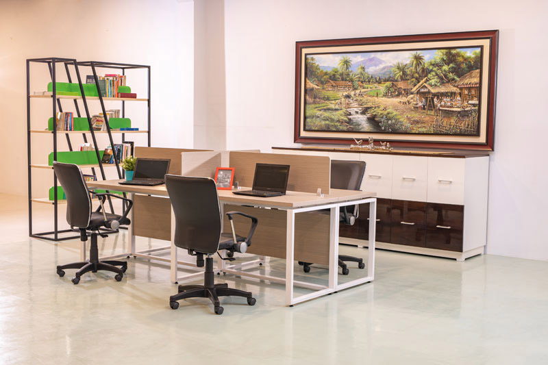 Office Working Table and Chairs